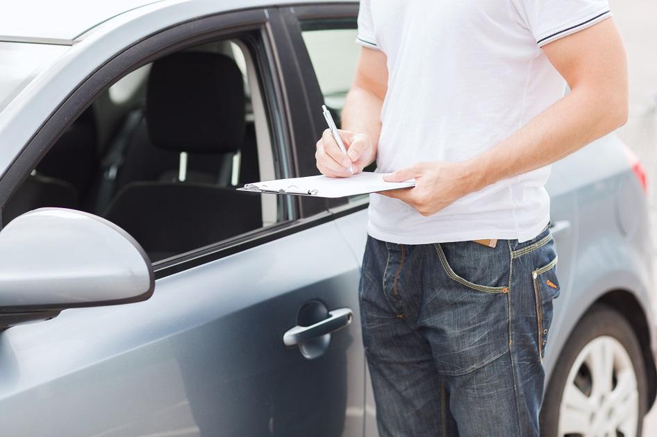 Konsekwencje po kolizji drogowej samochodem protokół